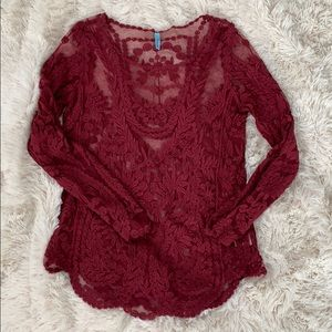 Francesca's red lace long sleeve top